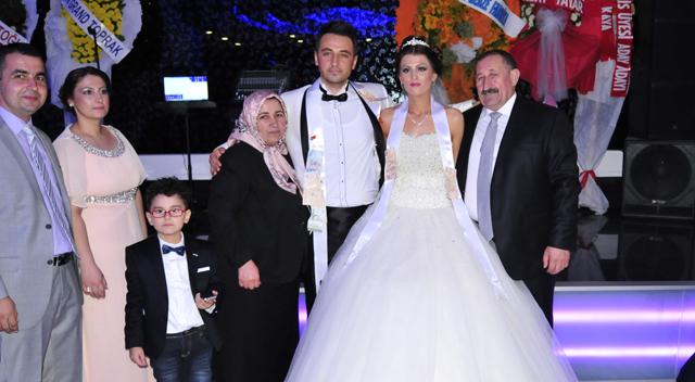 AKP'liler bu düğünde buluştu