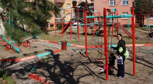 Hırsızlar parklara dadandı