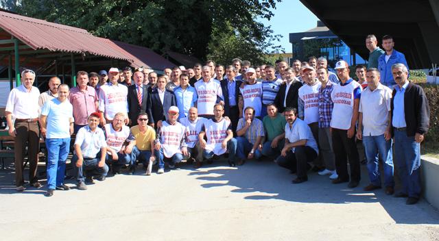 MHP'den Feniş işçilerine ziyaret