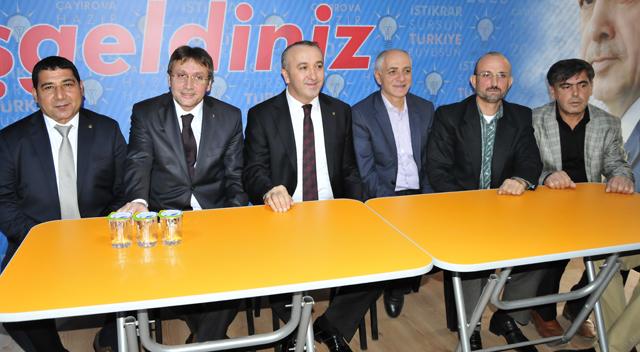 Çayırova'da ilk başvuruyu İdris Demir yaptı