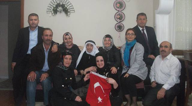 AKP'den ev ziyaretleri