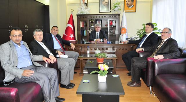 AKP'de başvurular devam ediyor