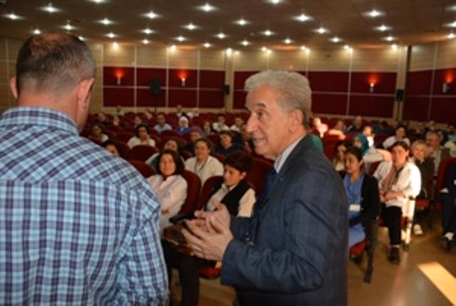 Darıca Farabi personeline   ''iletişim''  anlatıldı