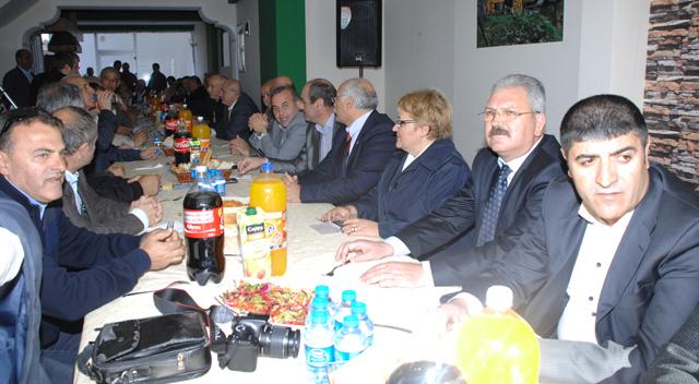 Rizeliler CHP'lileri ağırladı