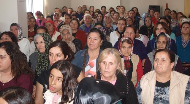 Yüzlerce kadınla seçim masaya yatırıldı