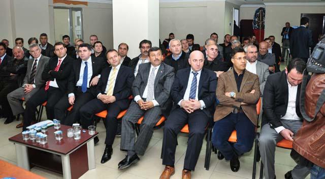 AKP'de seçim çalışmaları sürüyor
