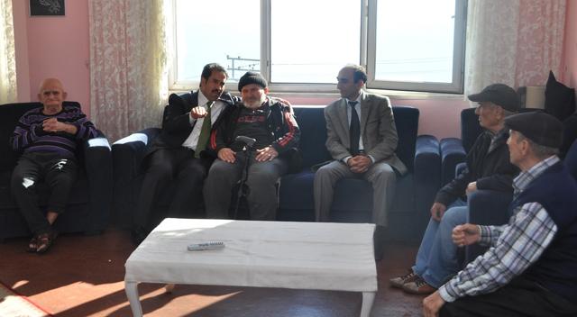 Başkan Yaman Huzurevi'ni ziyaret etti