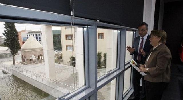 Rektör Komsuoğlu'ndan Köşker'e ziyaret