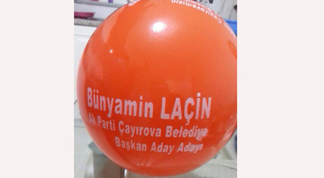 AKP aday adayından öğrencilere balon!
