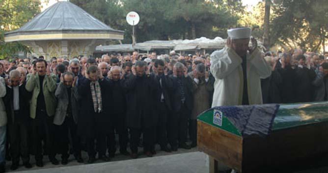 Emine Türker ebediyete uğurlandı