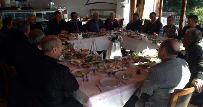 AKP Darıca mahalle başkanları toplandı