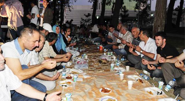 CHP'liler Ramazan'ı yeryüzü sofrasıyla sonlandırdı