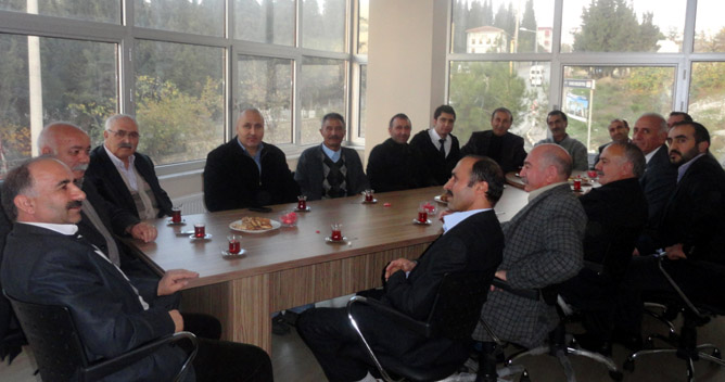 Ardahanlılardan CHP'ye destek