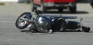 Traktör motosiklete çarptı: 1 ölü