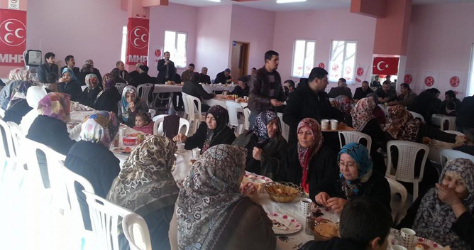 MHP'nin başkan adayına köylerle buluştu