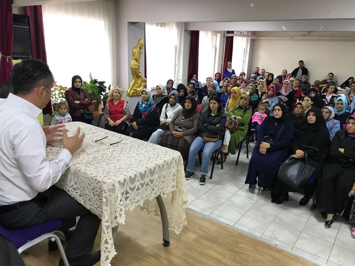 Murat Yürükçü velilere iletişimi anlattı