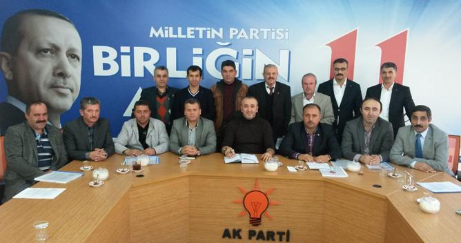 AKP mahalle çalışmalarına ağırlık verdi