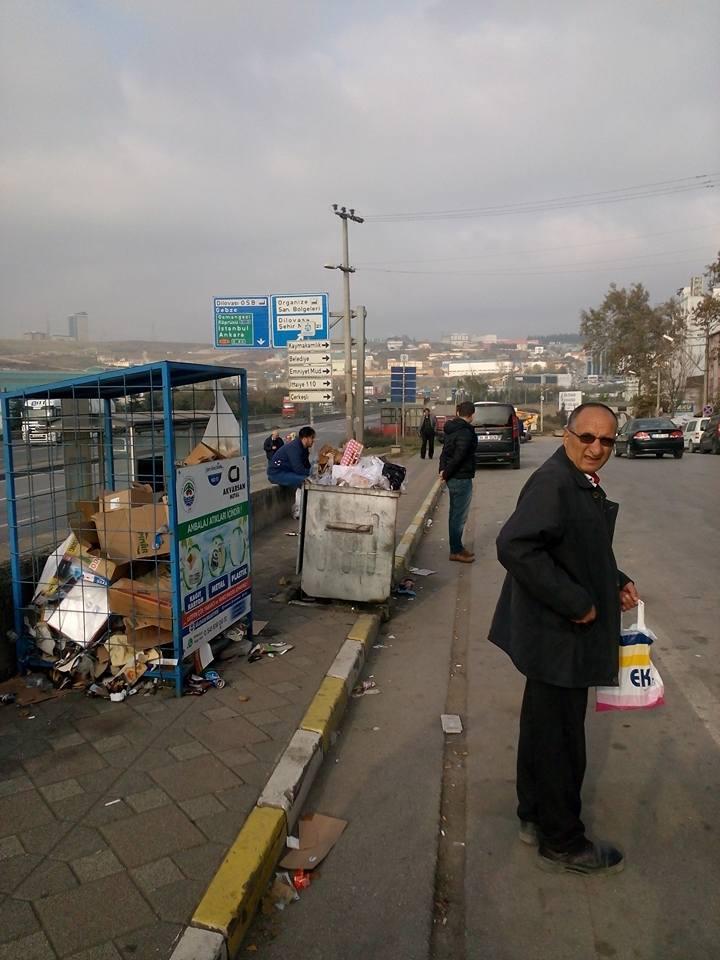 CHP'li Aydemir'den çöp tepkisi