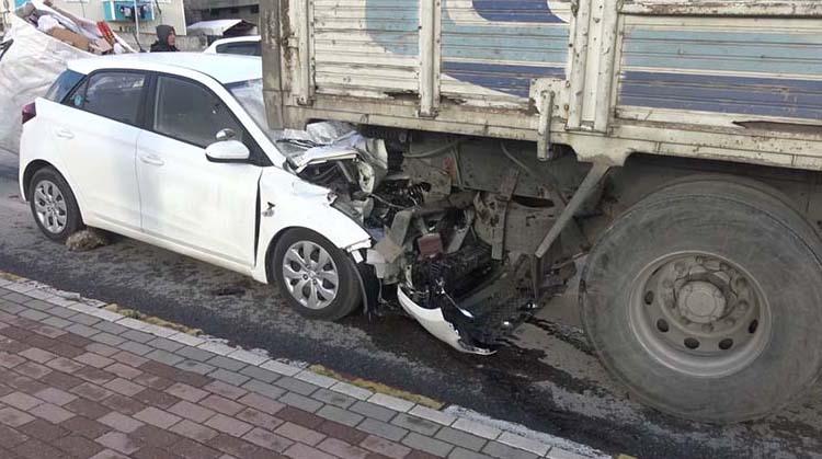Sürücü kursu müdürü kaza da öldü