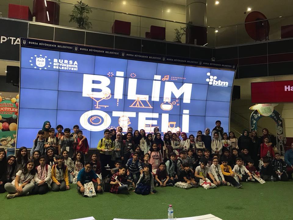 Öğrenciler Bilim ve Teknoloji Merkezini gezdi