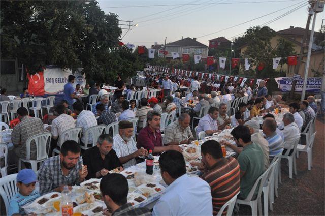 Dilovası'nda huzur dolu iftar akşamları