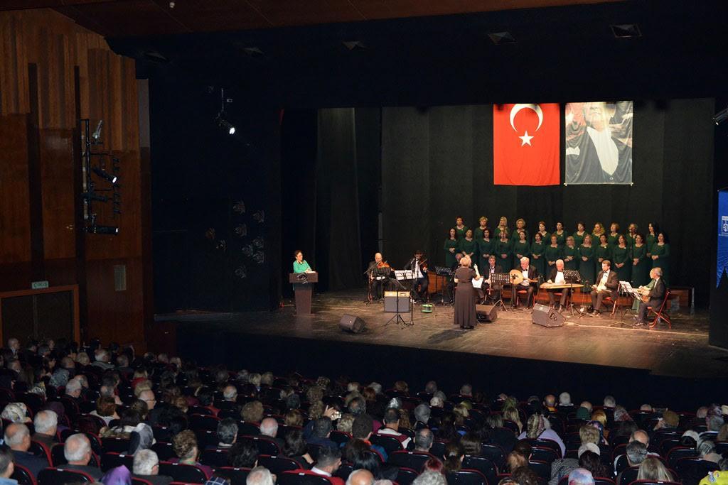 Türk Müziği Topluluğu konser verdi