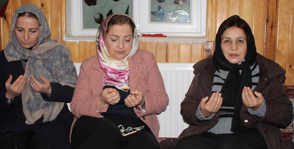 CHP'li kadınlar şehitler için mevlit okuttu