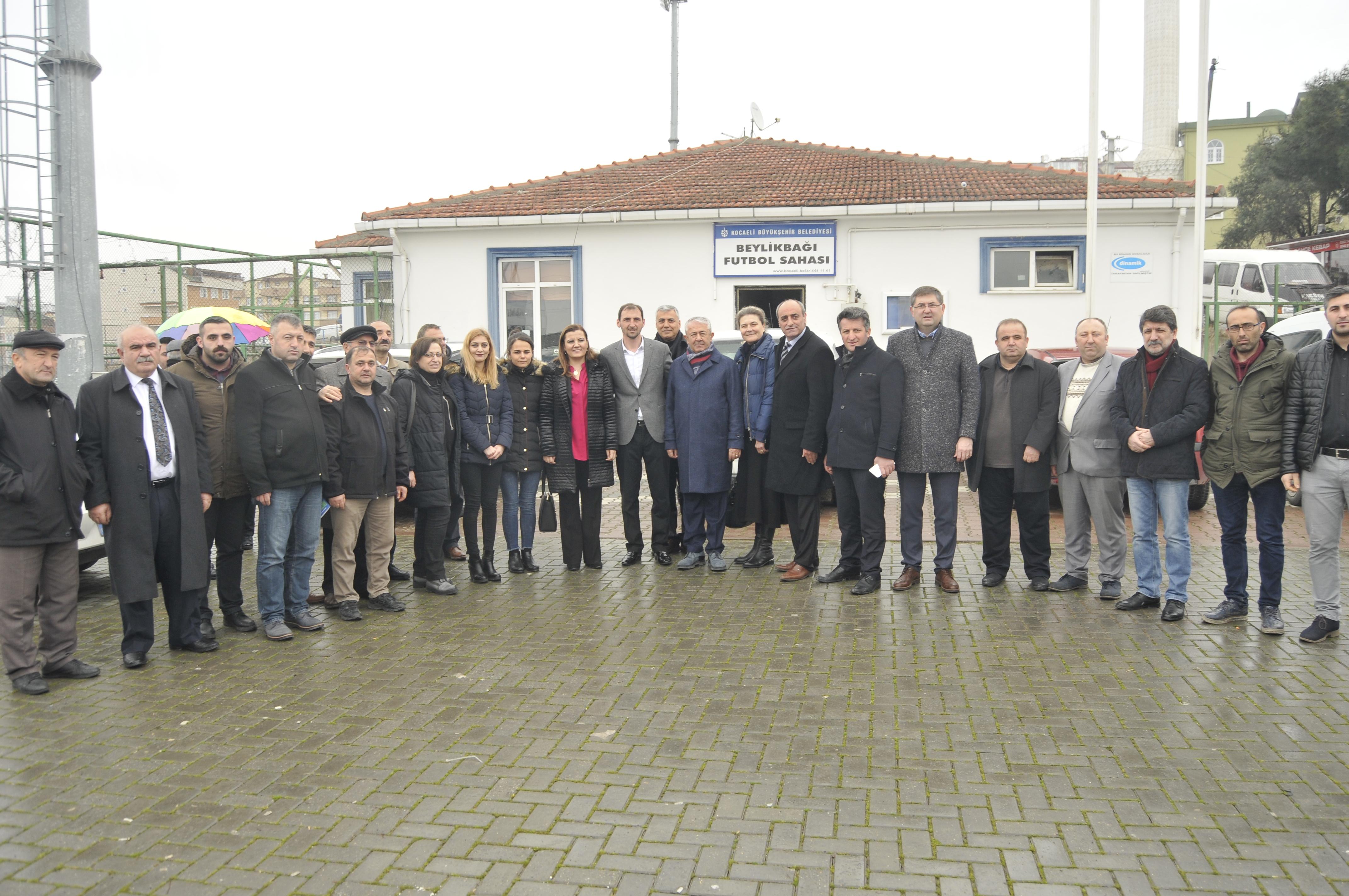 CHP'liler Beylikbağı Spor Kulübünü ziyaret etti