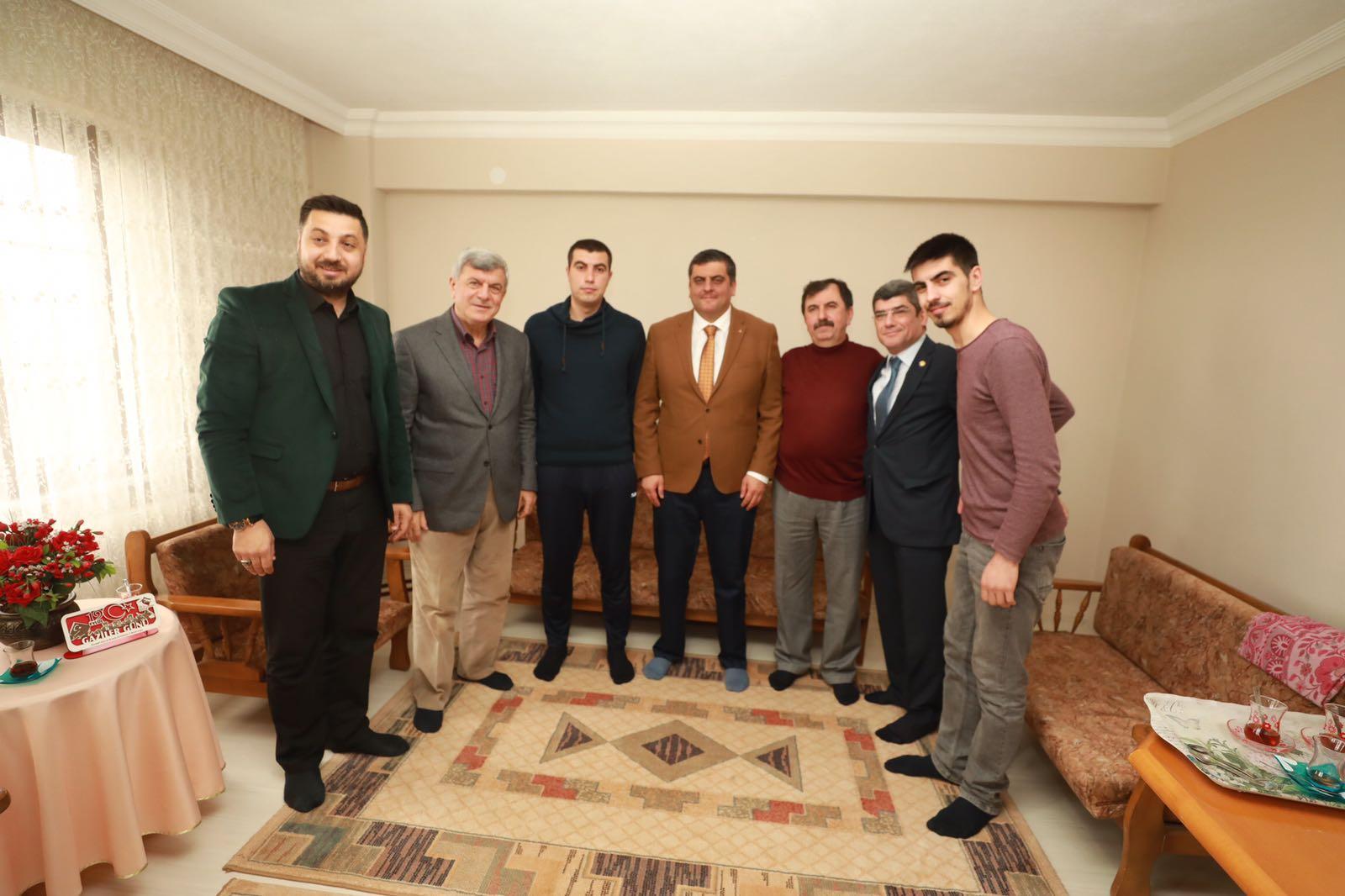 Afrin Gazisi Öz'ü ziyaret etti