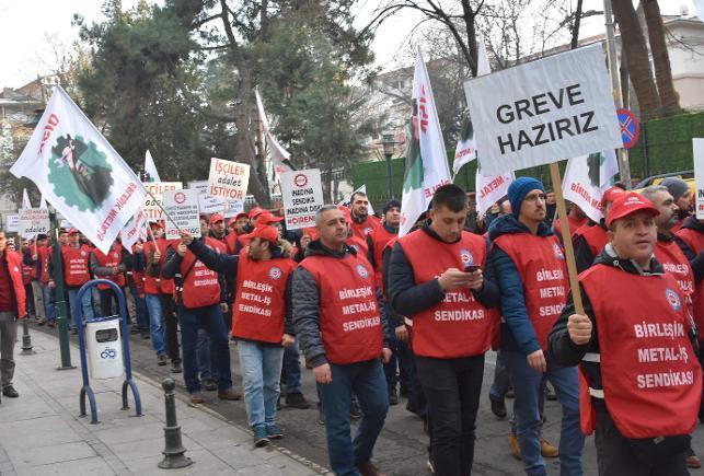 DİSK-AR işçilerin en büyük sorunlarını açıkladı