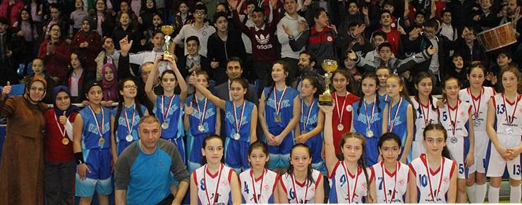 Kızlarda şampiyon Kazım Karabekir