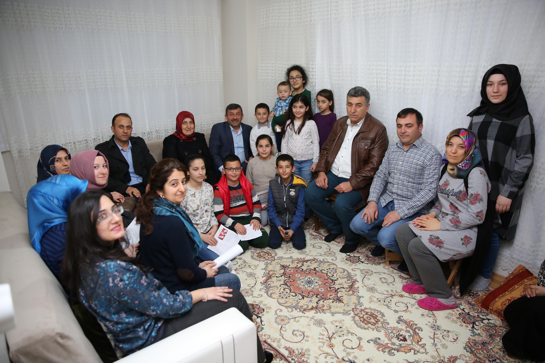 Karabacak'tan ev ziyaretleri
