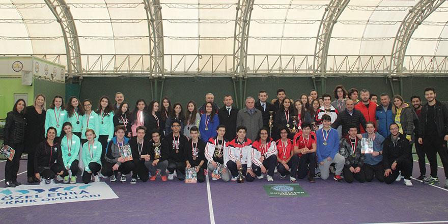 Teniste şampiyonlar belli oldu