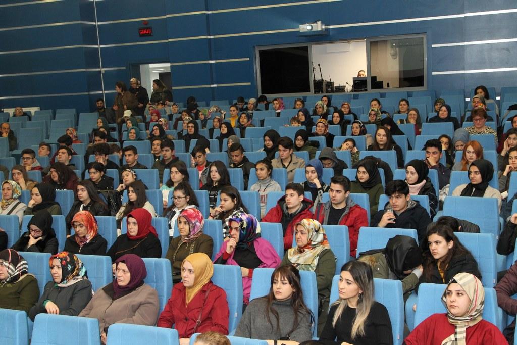 Gebze'de Tıp semineri