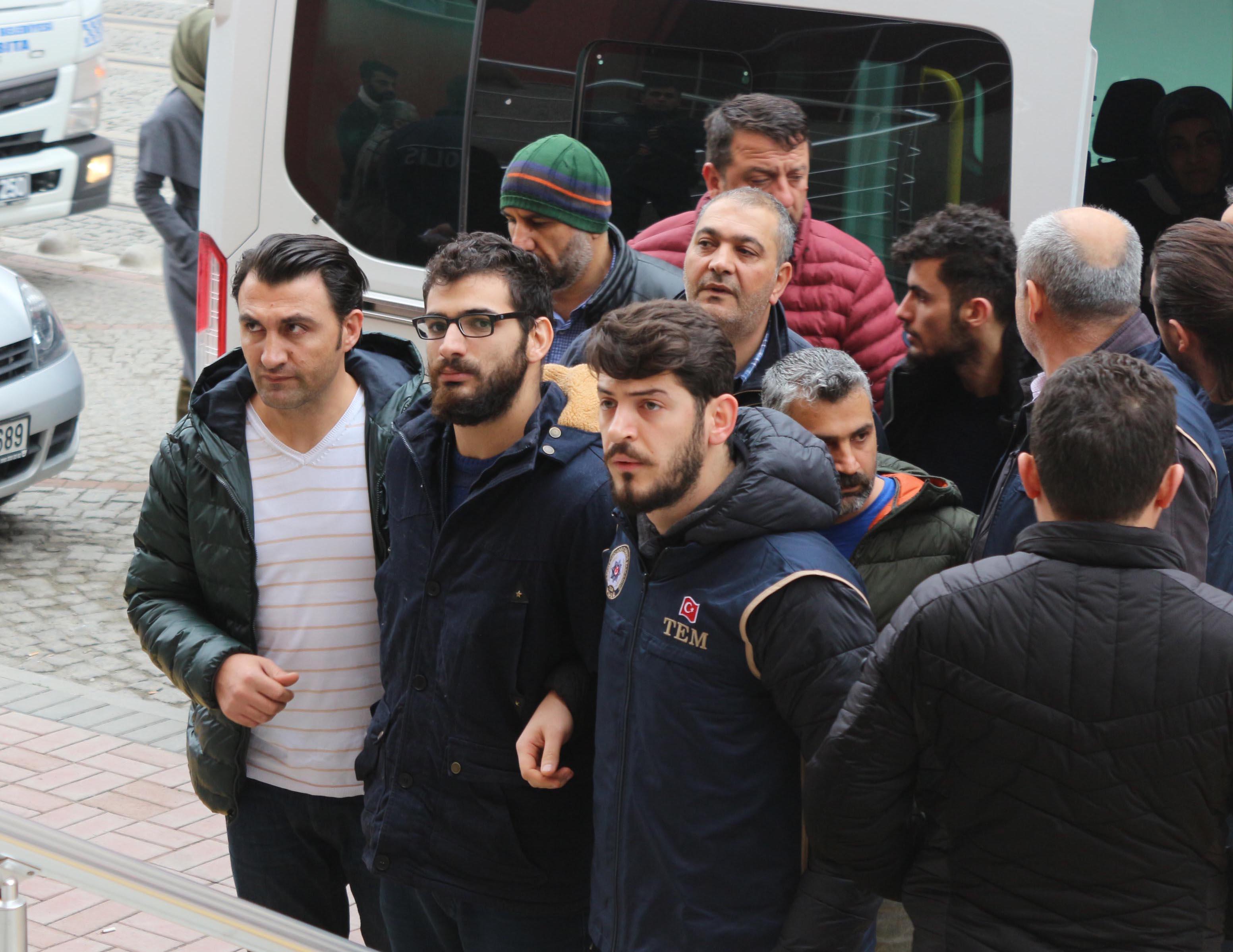 13 kişi tutuklandı