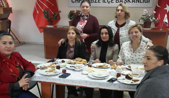 CHP'Lİ KADINLARDAN GÜZEL ETKİNLİK