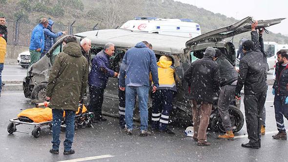 İstanbul'da zincirleme kaza... Yaralılar var