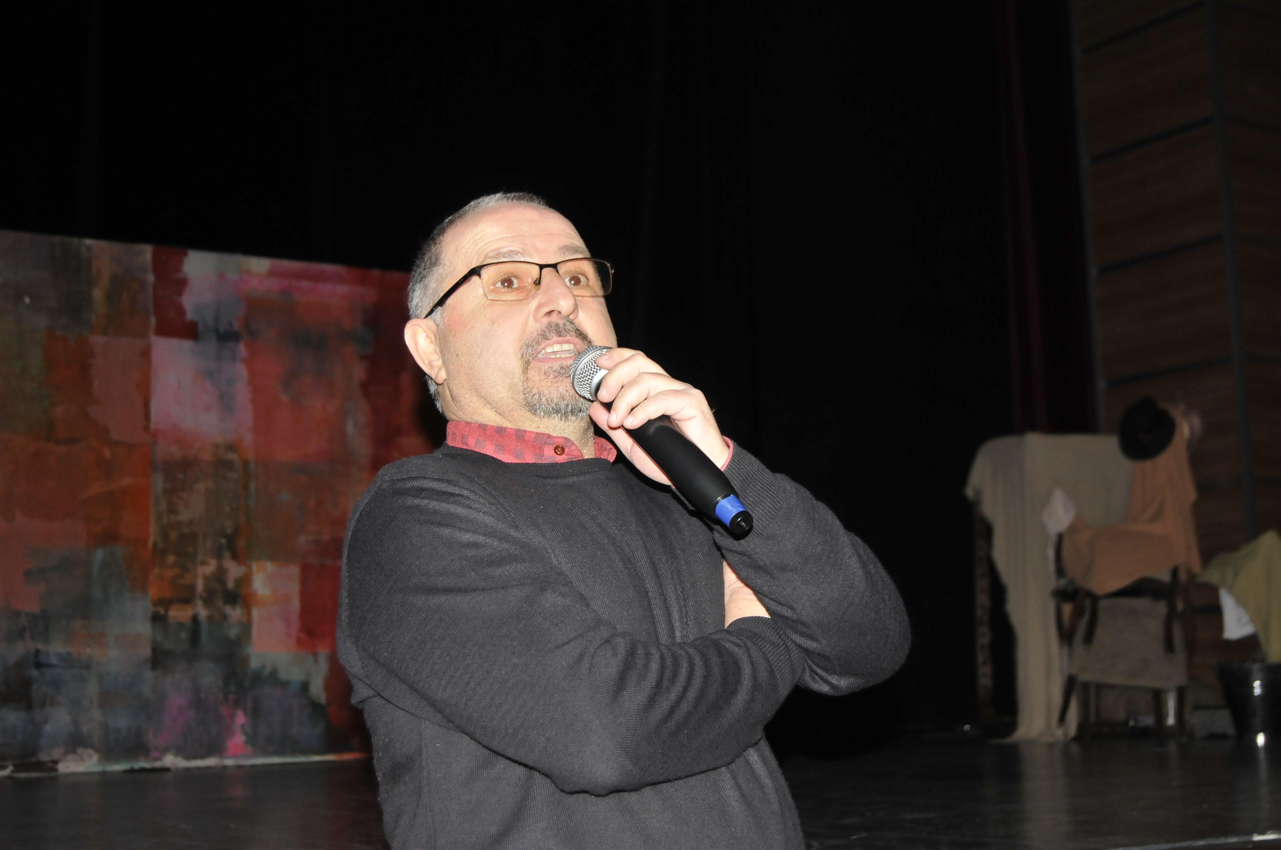 Eğitim-Sen'den tiyatro etkinliği