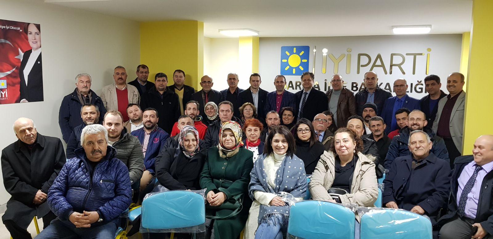 İYİ Parti Darıca yönetimi toplandı
