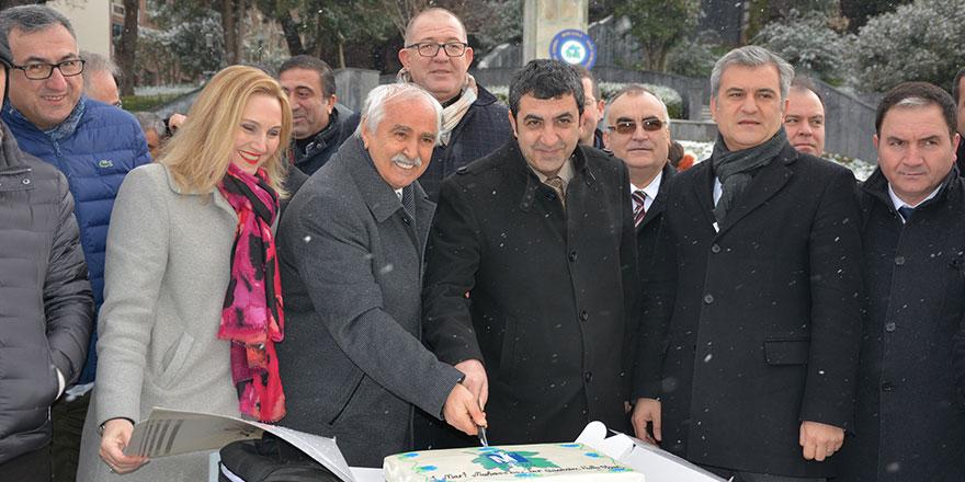 KSMMMO'dan Atatürk anıtına çelenk