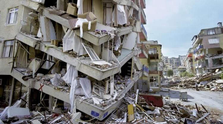 """""""Depremi kader gibi gösteren  anlayıştan kurtulmalıyız"""""""