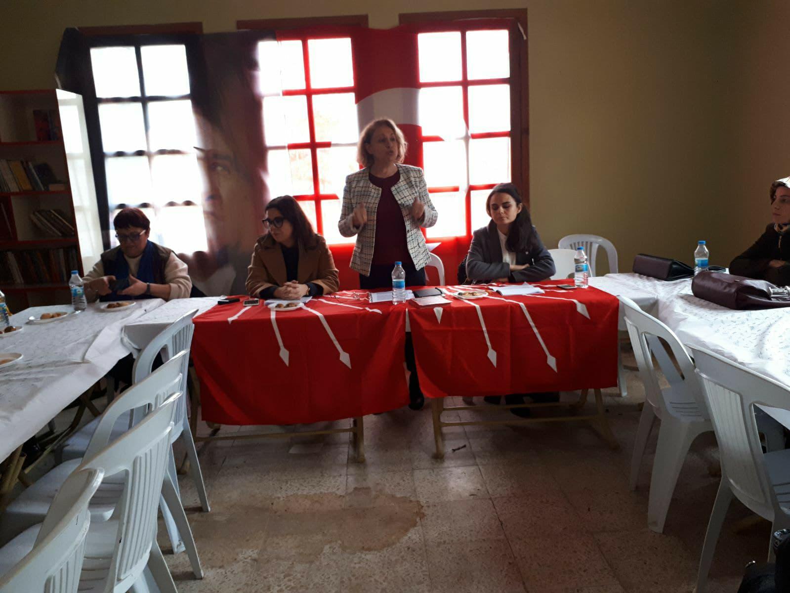 CHP 8 Mart'ı Köylü Kadınlarla Kutladı