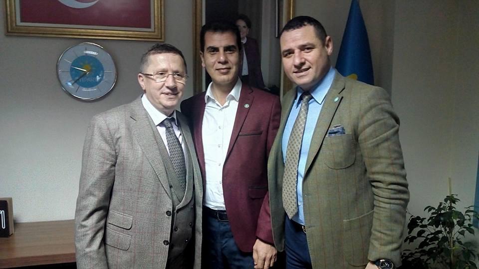 Lütfü Türkkan partililerle buluştu