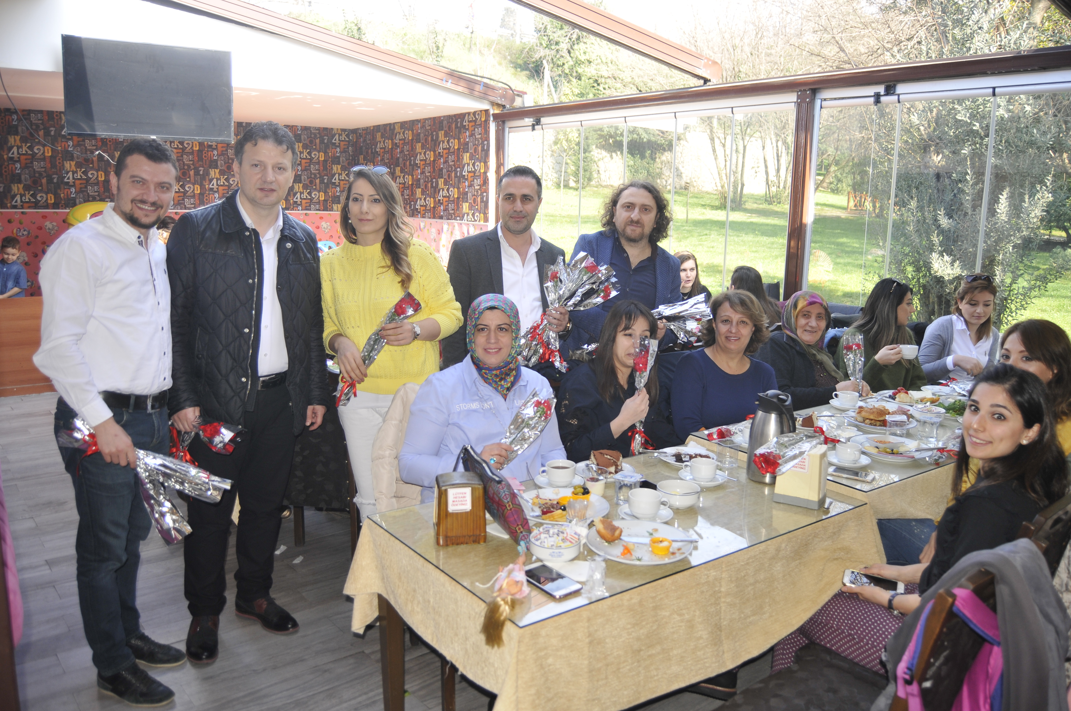 İnşaat mühendisleri kadın üyelerinin günlerini kutladı