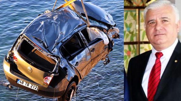 Bodrum'u sarsan ölüm.... Belediye başkan yardımcısı maç sonrası aracıyla denize uçtu