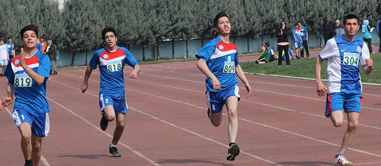 Özel sporcuların yarışları mutlu bitti