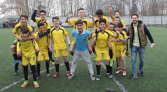 Beylikbağı Ortaokulu Türkiye Şampiyonası'nda