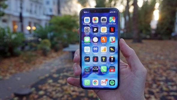 Apple'dan çok daha ucuza iPhone X geliyor!