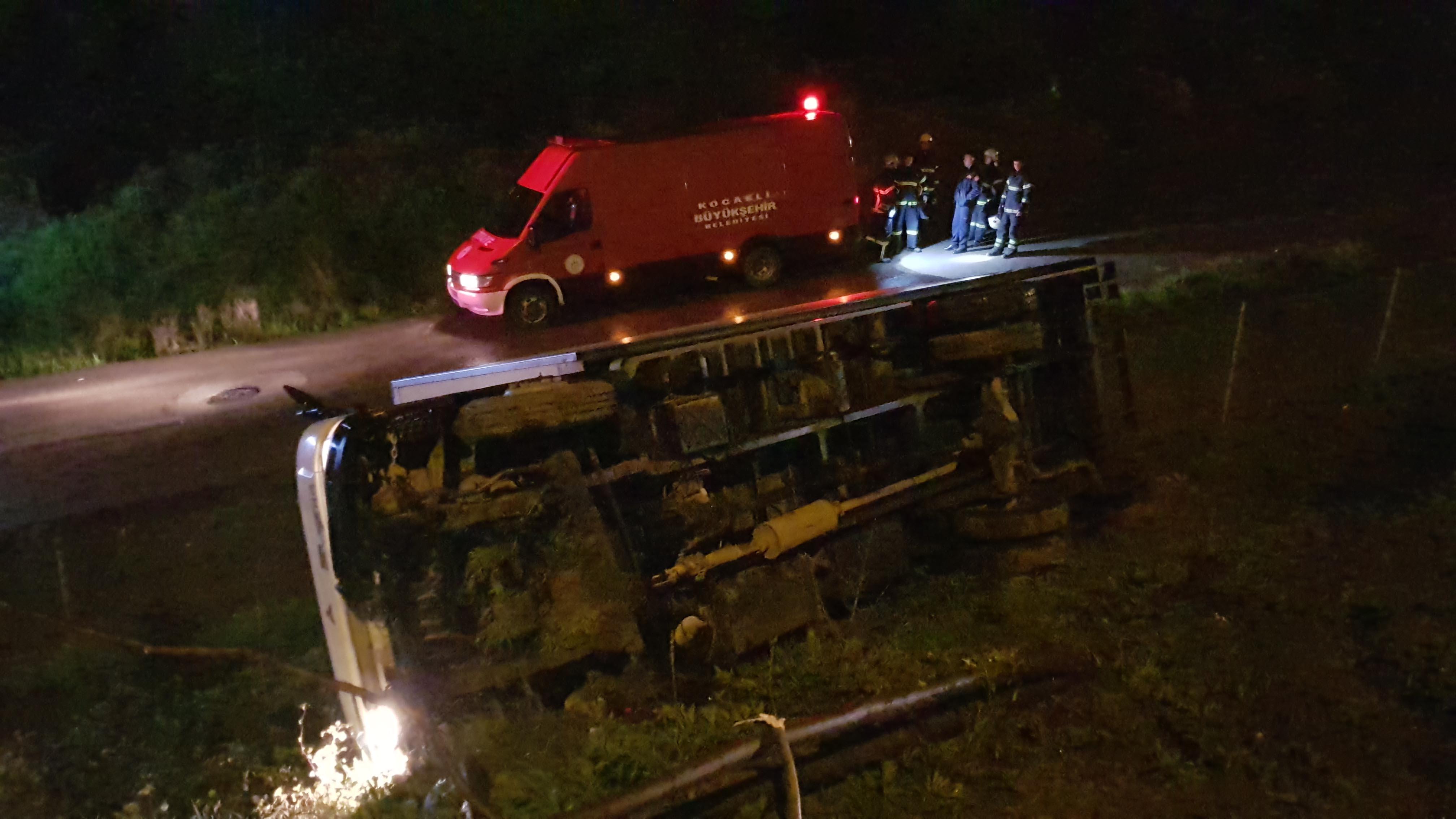 kamyon devrildi: 1 yaralı