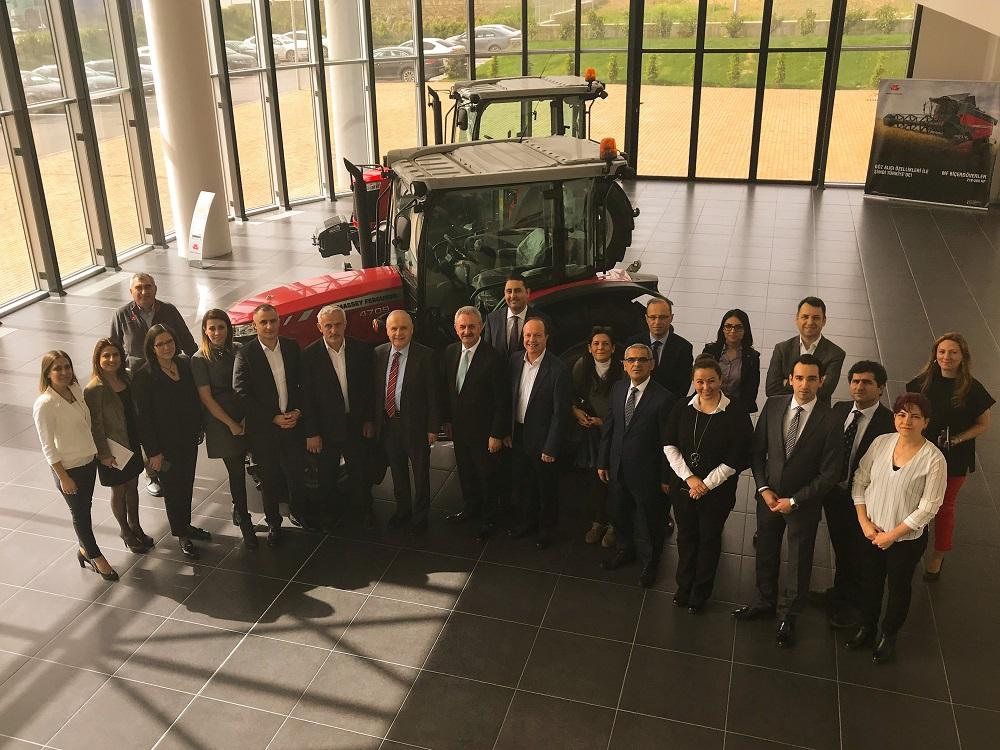 AGCO Tarım Makinelerini gezdiler